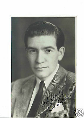 Robert Beatty British Television Actor Dr Who Hand Signed  Photograph 5 x 3
