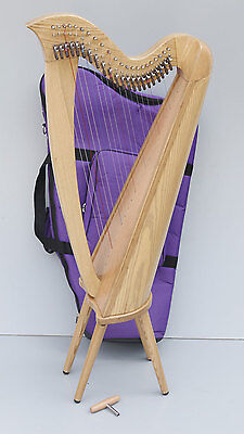 Saffron 22 String Lever Harp with Carry Bag, Natural Finish
