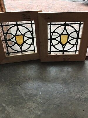 Sg 1326 Matched Pair Antique Textured Stainglass Window 16 1/4 In.²