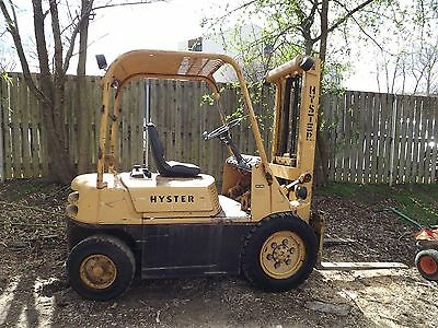 Reduced - 1994 Hyster H30F Diesel 3000lb Forklift - Smokes - Needs TLC