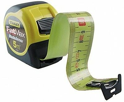 Stanley FMHT0-33864 5m FatMax Magnetic Measuring Tape With Blade Armor NEW