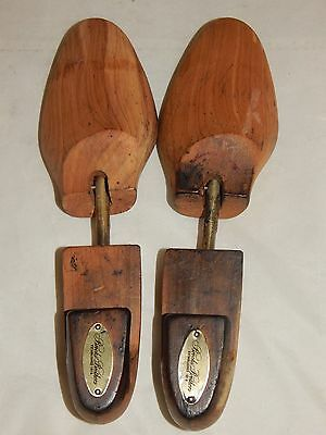 Pair of Vintage Brooks Bro's Wooden Spring Loaded Shoe Forms/Stretchers Size M
