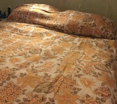 Vintage Retro Classic Floral Bedspread Unused, Made In Spain.90 X 100