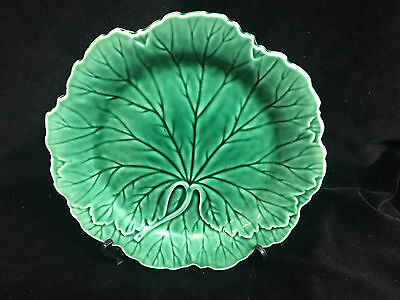 WEDGWOOD GREEN MAJOLICA CABBAGE PLATES (4 available)