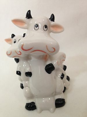 """Whimsical MOTHER COW With 2 Children  Black & White Ceramic Cow Figurine 5 """"x 4"""""""
