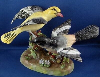 Super Crown Staffordshire Porcelain Bird Figurine Figur JT Jones English England