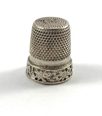 Solid Silver Flower Patterned Thimble 01