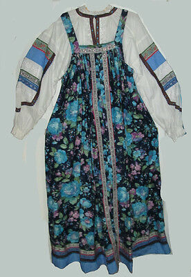 Russian Traditional Dress, sarafan with blouse - Women