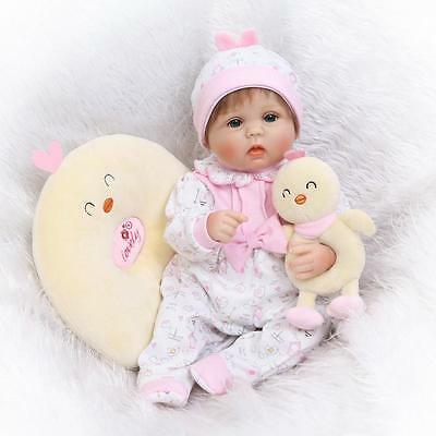 2017 Lifelike cute reborn baby girl doll soft silicone vinyl /magnet pacifier