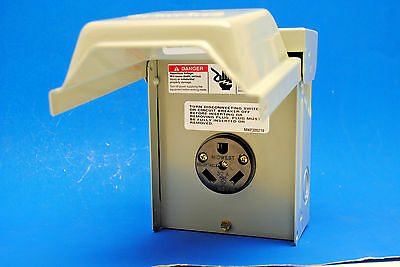 Siemens P3S Outdoor Rainproof Enclosure 30-Amp 125-Volt Receptacle Power Outlet