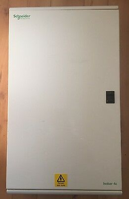 Schneider Mgbn16 16 Way Triple Pole 3 Phase 250Amp Distribution Board With Incom