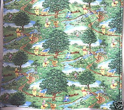 Winnie the Pooh A day in the Park cot quilt