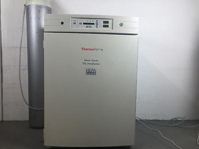 Thermo Forma 370 CO2 Incubator with Calibration and Warranty