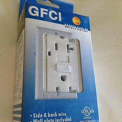 GFCI Receptacle 20A 125V with LED TR & WR