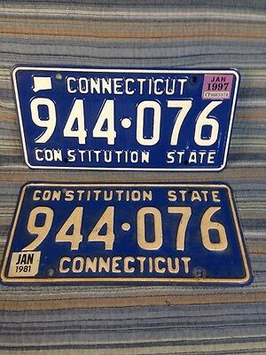 Connecticut CONSTITUTION STATE BLUE License Same Numbers Dif Yrs