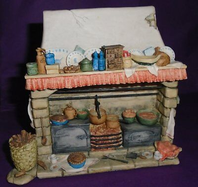 "Border Fine Arts Brambly Hedge ""THE FIREPLACE"" GOLD LABEL BH8 PERFECT"