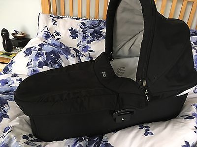 Britax Hard Carrycot And Raincover