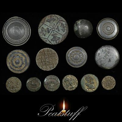 Post Medieval Tudor and Stuart Periods. Buttons. Metal detecting finds. 24 MA