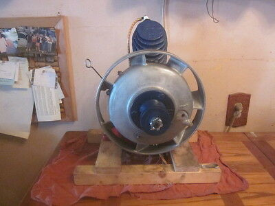 antique old rare maytag upright hit n miss briggs stratton gas motor