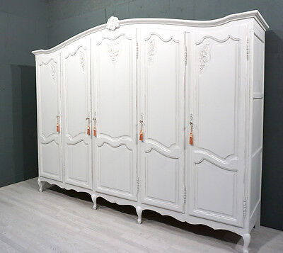 Vintage French Wardrobe / Armoire / Shabby Chic (BR212)