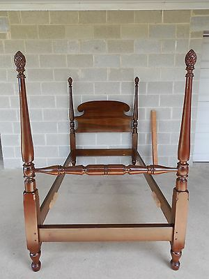 Stickley Cherry Valley Chippendale Style Poster Twin Bed