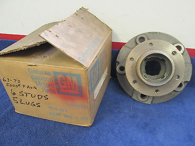 1963-72 Chevy C 50 60 Truck With 5000 Lb Axle  Front Wheel Hub   Nos Gm  417