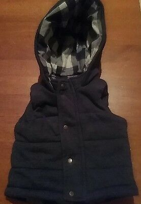 Cosy target vest, size 3-6m, blue, hoodie checkered, great cond.