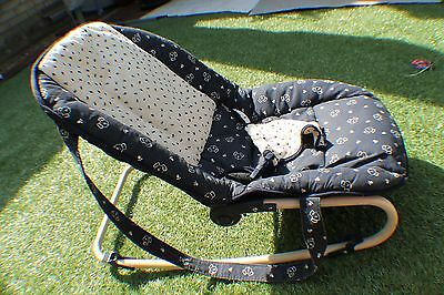 Hauch Baby Bouncer Chair IN GOOD CONDITION