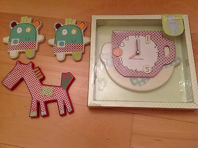 NEW Mamas & Papas Gingerbread Design Wall Clock And Preloved Plaques Set