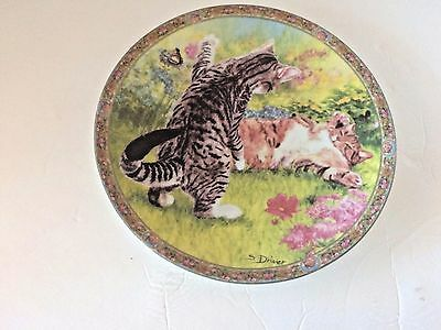 """Cats Life Collection Plate """"NEW FRIEND"""" Gloria Fine Porcelain Handwork- Germany"""