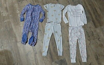 Lot of 3 pajamas for Toddler girl. size 3T.