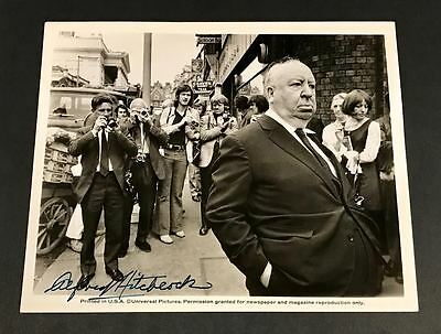 "Legendary Director Alfred Hitchcock SIGNED Vintage 8""x10"" B&W Photograph Nice!"