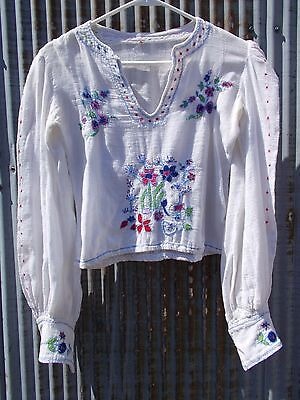 Vintage 40s 50s Mexican Blouse Dreamy Embroidery Summer cotton High Shoulders SM