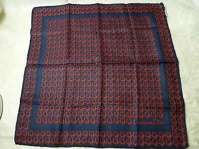 Christian Dior  Mens  Pocket Square 100% Silk  Made in Italy   NWOT
