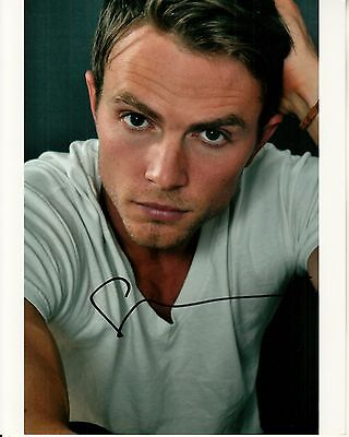 WILSON BETHEL hand-signed STUNNING 8x10 COLOR CLOSEUP authentic w/ UACC RD COA