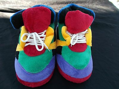Happy Feet Multi Color Slippers Size L