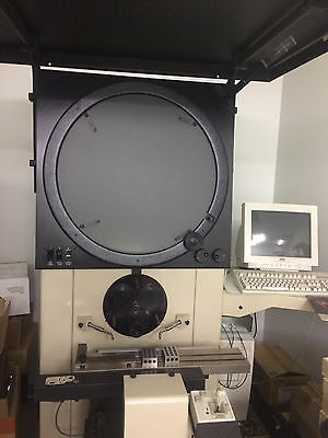 2488 S-T Optical Comparator 24″ w/QC-4215 Software & 20x Lens