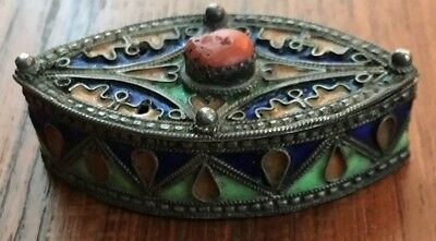 ANTIQUE ASIAN SOLID SILVER ENAMEL COVERED PILL BOX with GENUINE CORAL