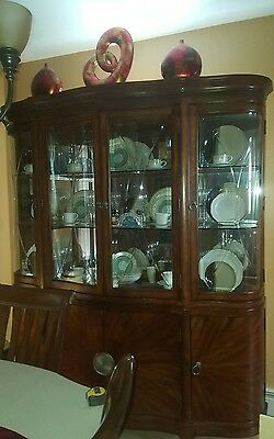 Pre Owned beautiful Cherry Wood 2 piece China cabinet