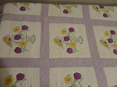 """Vtg Antique Quilt  Embroidered Floral Hand Made Cotton Quilt Bed Spread 68""""x 85"""""""