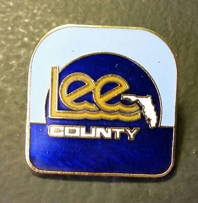 Vintage LEE Country Jeans collectors Pin