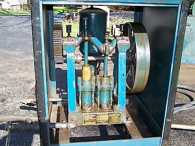 Old HARDIE Two Cylinder Piston Water Pump Pressure Washer Hit Miss Gas Engine
