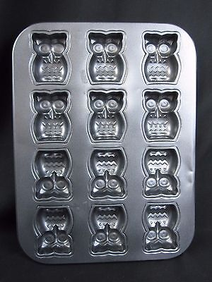 """Owl Baking Pan By Tom & Co, 12 Owls (13.5"""" x 10"""") Nonstick Metal, Gently Used"""