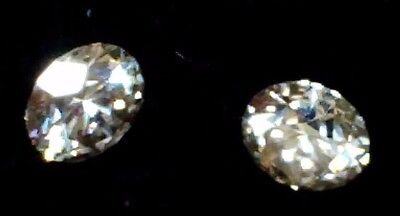 Beautiful 0.42 ct pair round cut 4 mm Champagne Diamond C2/3 gem stones