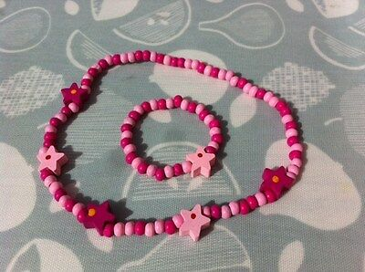 Child's wooden necklace and bracelet