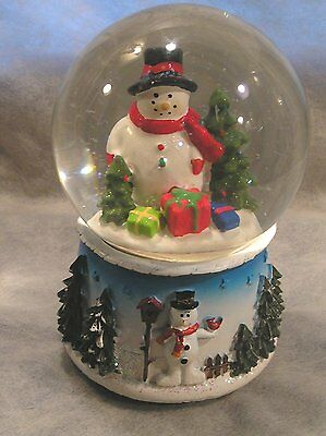 """Vintage Musical Water Globe Frosty The Snowman """" I Wish You A Merry Xmas"""""""