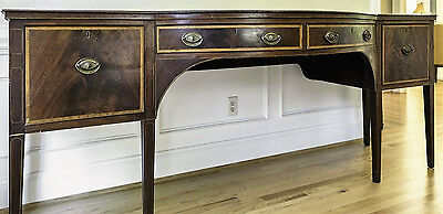 Bowfront Neoclassical Mohogany Sideboard American Circa 1790-1820