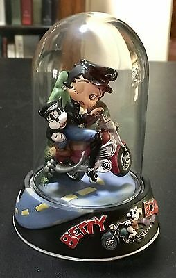 """Betty Boop """"Born to be wild"""" sculpture Limited Collection."""