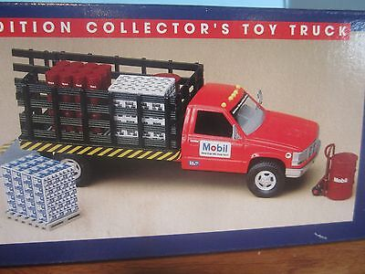 1996 limited edition collector`s series Mobil toy truck.1:24 die cast