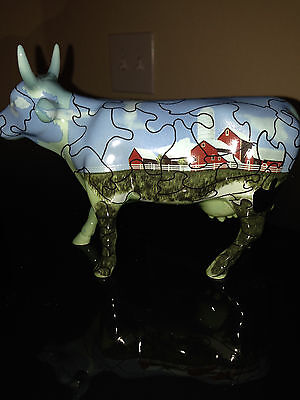 Cow Parade 2001 PUZZLED COW FIGURINE #9181 Red Barn, New in Box, Retired